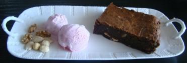 brownie de avellanas, almendras y nueces