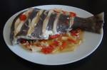 Mero con cebolla y pimiento (2)
